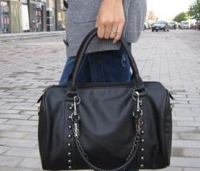 New stylish designer's handbag